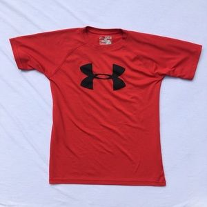Under Armour boys' HeatGear t-shirt, size M